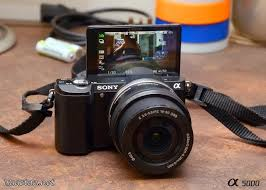 digital slr sony alpha 5000 mirrorless 20 1megapixels. Black Bedroom Furniture Sets. Home Design Ideas
